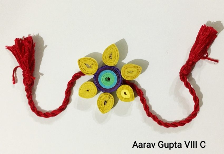 JML School students making Rakhi's for the soldiers